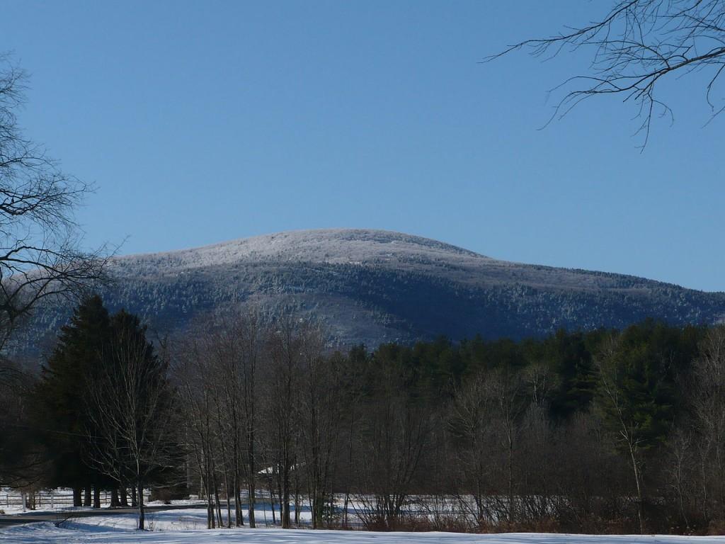Mount Everett, Massachusetts