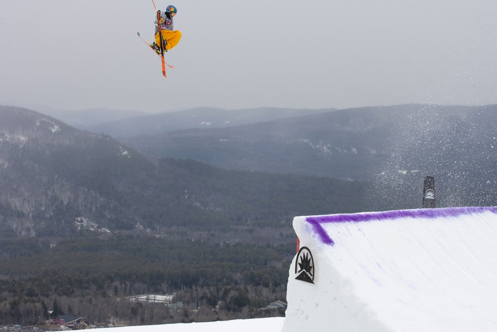 Dumont Cup champ Bobby Brown mid-flight during the competition. (Sunday River Photo)