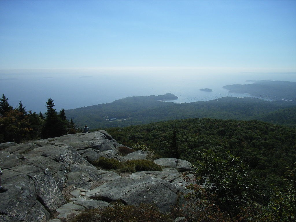 The view from Ocean Outlook in Maine's Camden Hills State Park. (Wikimedia Photo)