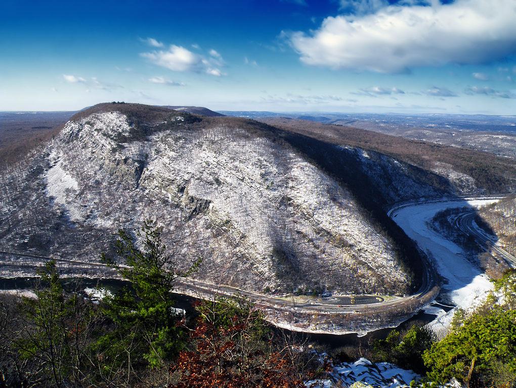 Pennsylvania's Mount Minsi in the Delaware Water Gap National Recreation Area. (Wikimedia Photo)