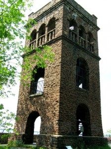 Poet's Seat Tower in Greenfield, Massachusetts. (Wikimedia Photo)