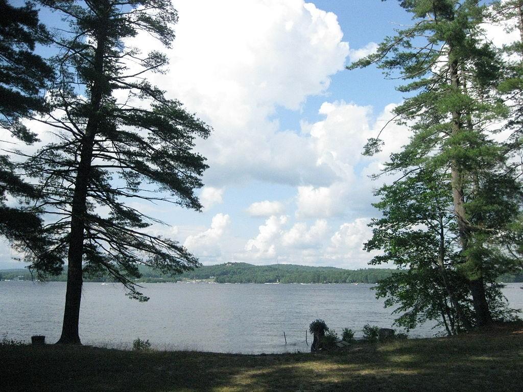Sebago Lake, Maine. (Wikimedia Photo)