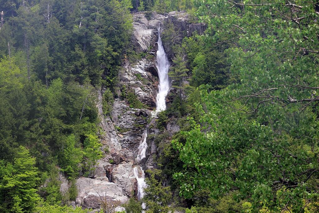 Roaring Brook Falls, New York. (Wikimedia Photo)