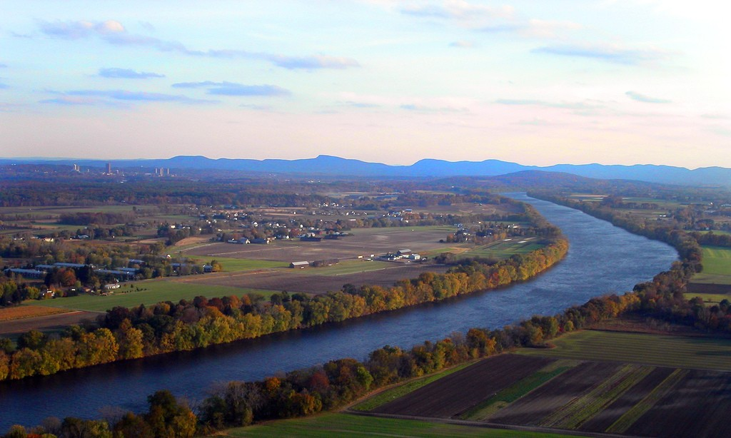 The Connecticut River as seen from Massachusetts' Mount Sugarloaf, just north of Northampton. (Ben Byrne/Flickr Photo)