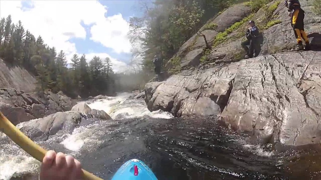 A kayaker's-eye-view of Knife's Edge on New York's Moose River (Nick Gottlieb/YouTube.com Photo)